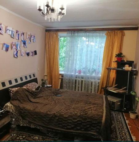 Продам однокімнатну квартиру в Тростянці