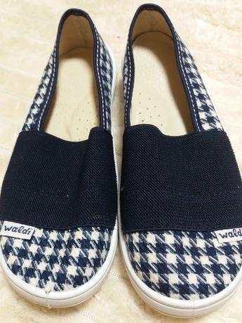 Обувь тапки  Waldi
