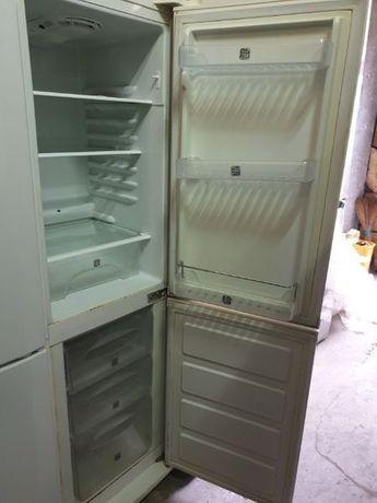 Холодильник вузький 45-55 см ширина Amica в чудовому стані