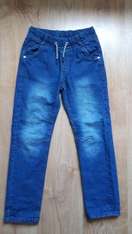 Spodnie jeansowe 140cm (nr 23)