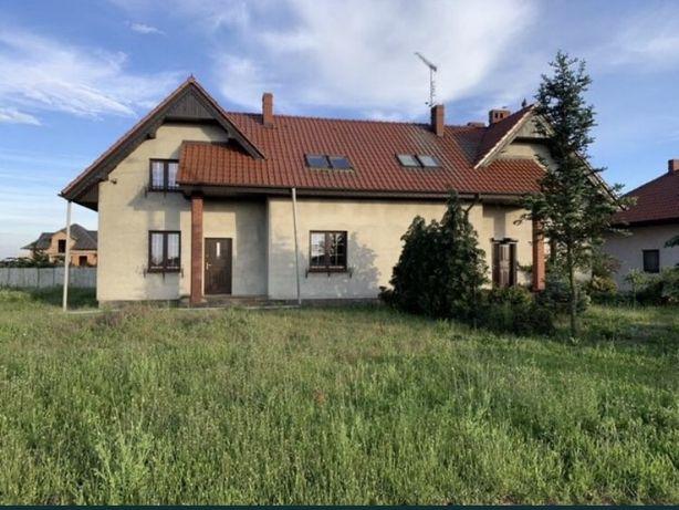 Dom w Goślinowie ( w Gnieźnie) Bliźniak