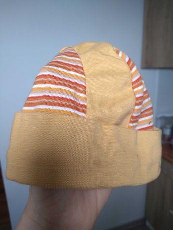 Нова шапочка дитяча на 3-6 міс.