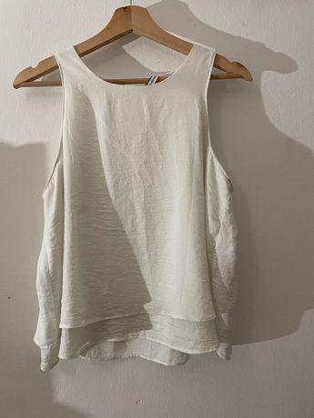 Vendo blusa branca de cavas L