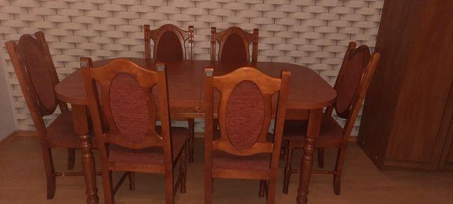 Sprzedam stół rozkładany na sześć osób