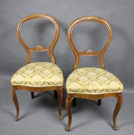 Para krzeseł z ażurowym zapleckiem, I poł. XX w.