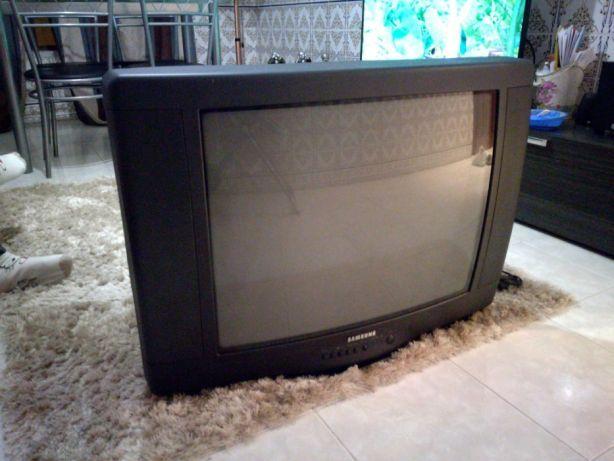 TV Samsung 6840.