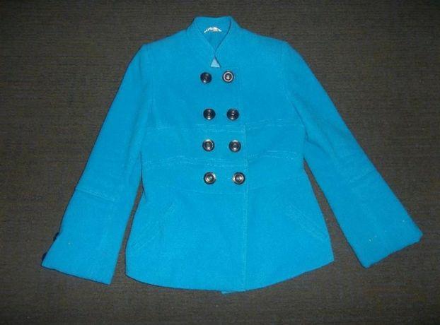Женское пальто( размер 44-46)