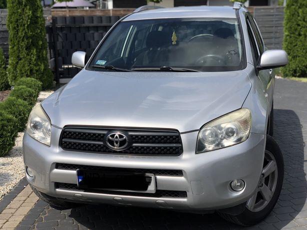 Toyota Rav 4  D4D najleprza jednostka z automatycznym 4x4