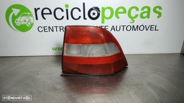 Farolim Traseiro / Stop Dto Opel Vectra B (J96)