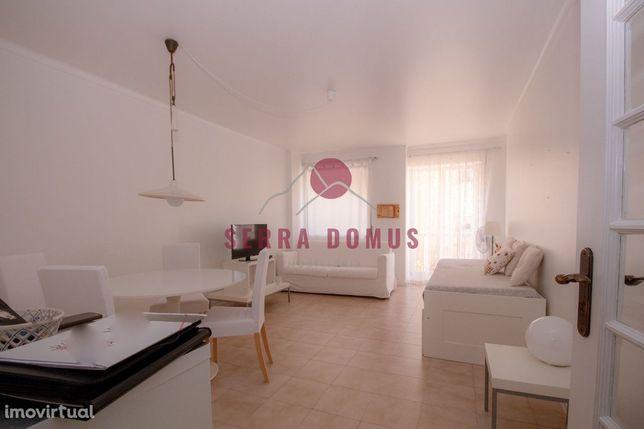 Apartamento T1 Quinta dos Lombos, Carcavelos (totalmente equipado)