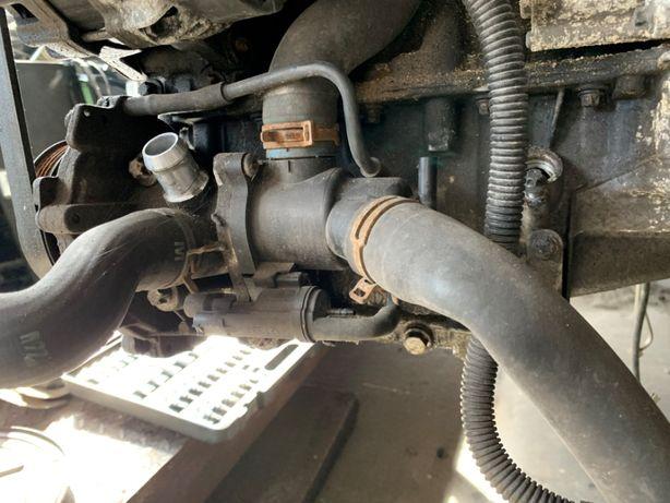 Mercedes CLA W117 GLA W156 Pompa wody termostat kpl części