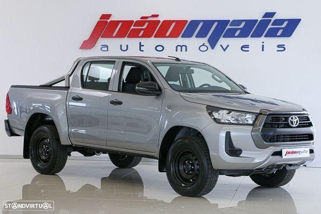 Toyota Hilux 2.4 D-4D 2WD CD CM