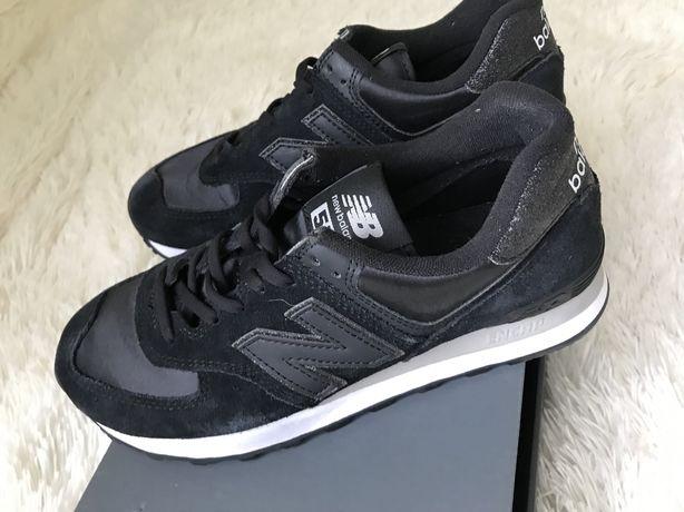 Czarne adidasy New Balance