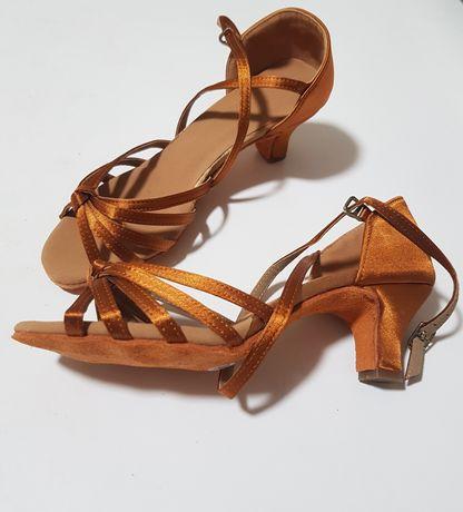 Туфли для бальных танцев, латины, каблук 5см, есть размеры