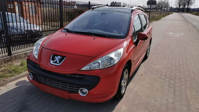 Peugeot 207 SW Panorama dach