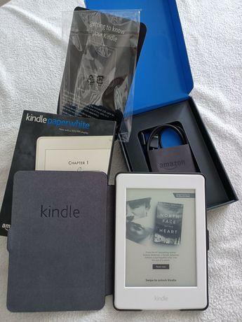 Kindle paperwhite 3 z etui wersja z reklamami stan idealny