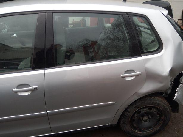 VW Polo 9n 02-08 - Drzwi tył tylne lewe kpl. LA7W