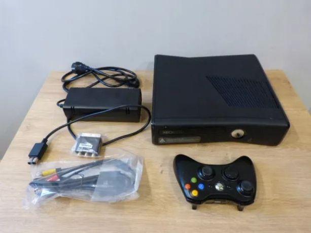 XBOX 360 SLIM FREEBOOT 500 Гб. в отличном сотоянии и кучей игр