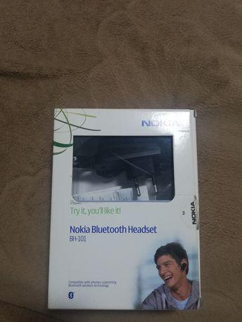 Продам Bluetooth гарнітуру Nokia BH 101