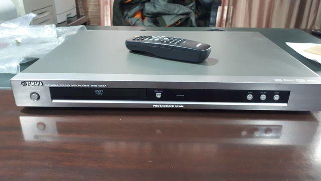 Продам DVD проигрыватель YAMAНA DVD-S557 в отличном состоянии.