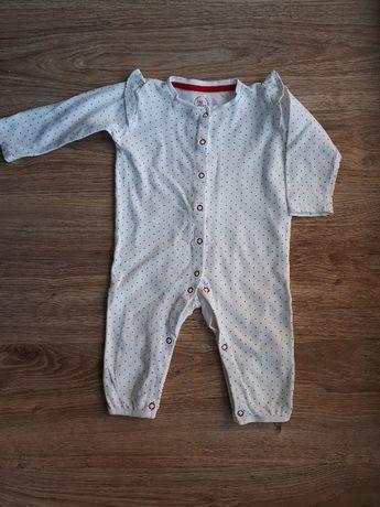 piżamka C&A r80 bez stópek zapięcie z przodu