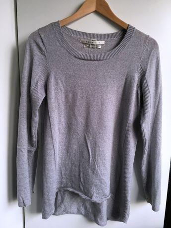 Szary sweterek z wełny merino (100% merino wool). Rozmiar M.