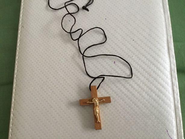 Крестик деревянный новый 30 гр обмен