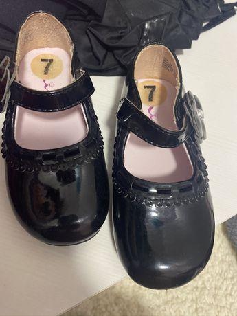 Туфелькі для дівчинки