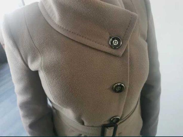 płaszcz jesienno-zimowy 40/42 L/xL +gratis kożuszek