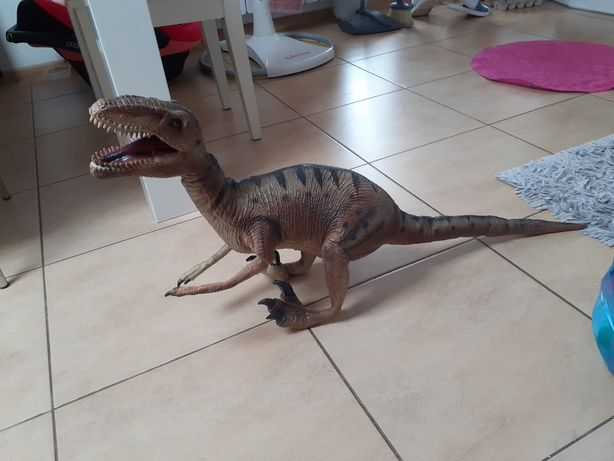 Dinozaur Tyranozaur Rex