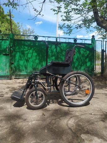 Продам коляску инвалидную с рычагами