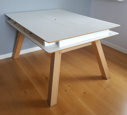 Stół rozkładany znanego producenta Vox