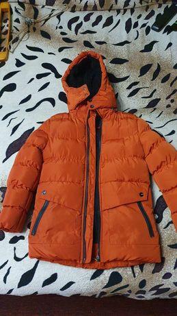 Зимнюю куртку на мальчика
