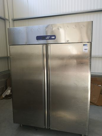 Congelador industrial em pé