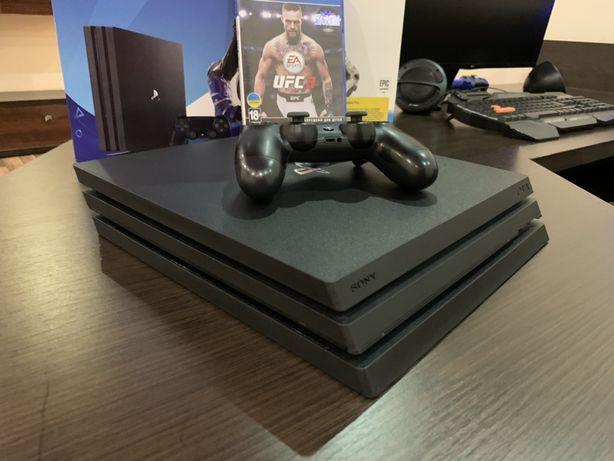 PlayStation 4 Pro 1tb ІДЕАЛ + RDR2 UFC3 Minecraft