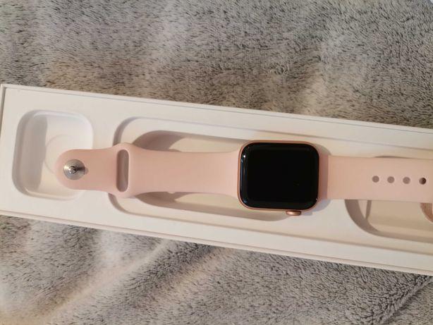 Apple watch różowy 4 44mm