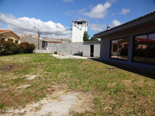 Ref.3481 Moradia Térrea -Rechousa - Vila nova de Gaia
