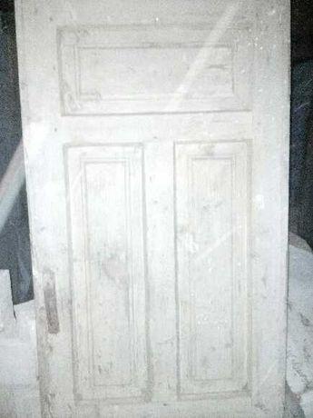 Drzwi drewniane ze starego domu