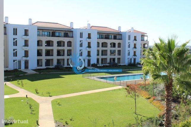 Luxuoso apartamento T2 localizado em Vilamoura perto dos campos de Gol