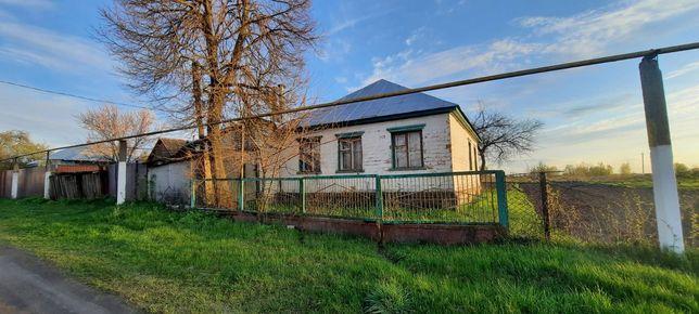 Продається теплий будинок в селищі Вороніж