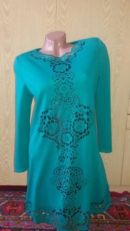 Продам платье-тунику 44-46 размера.