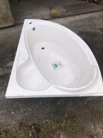 Ванна кутова