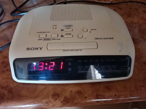 Radio budzik firmy Sony
