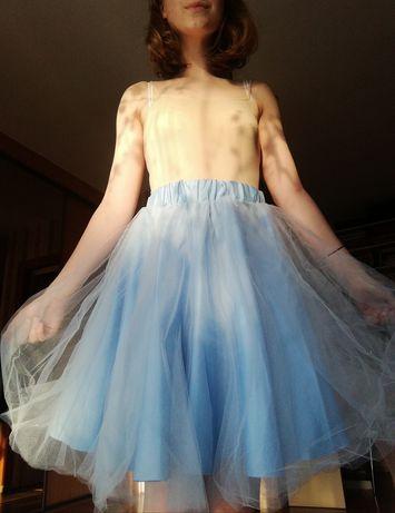 Błękitna tiulową spódniczka szyta na miarę
