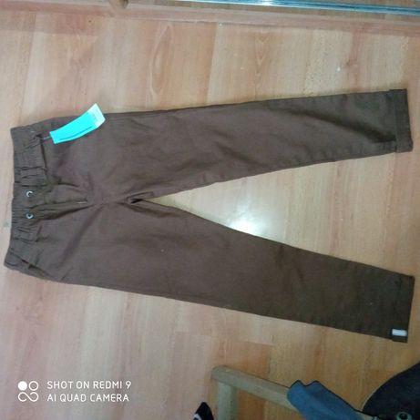 Spodnie długie i bluzy 128
