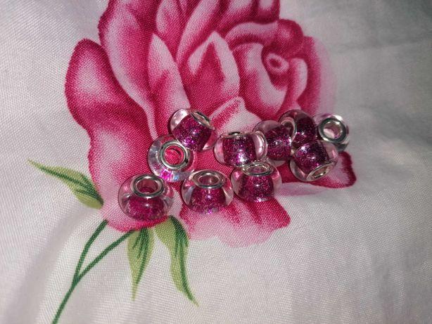 Nowe, różowe charmsy