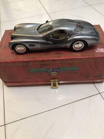Miniatura de coleção Chrysler Atlantic concept da Guiloy. Escala 1/18