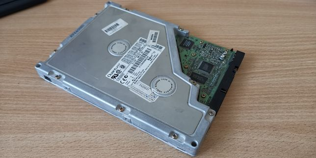 "Dysk HDD 5,25""  4 GB Quantum Bigfoot TX4,0AT"