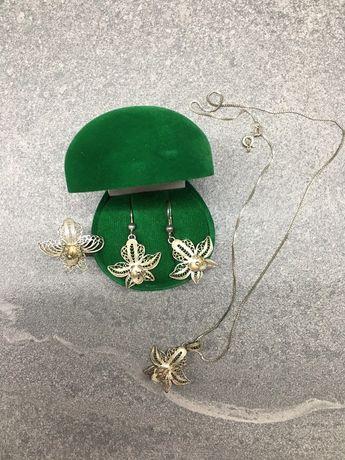 Серебряный набор украшений. Кольцо,серьги,цепочкаи кулон.Ручная работа