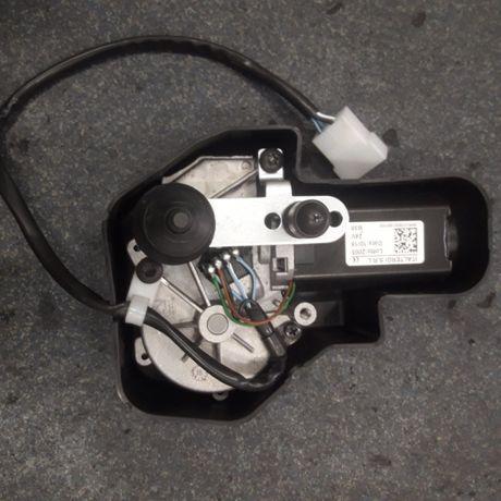 Silnik wycieraczek 24 V